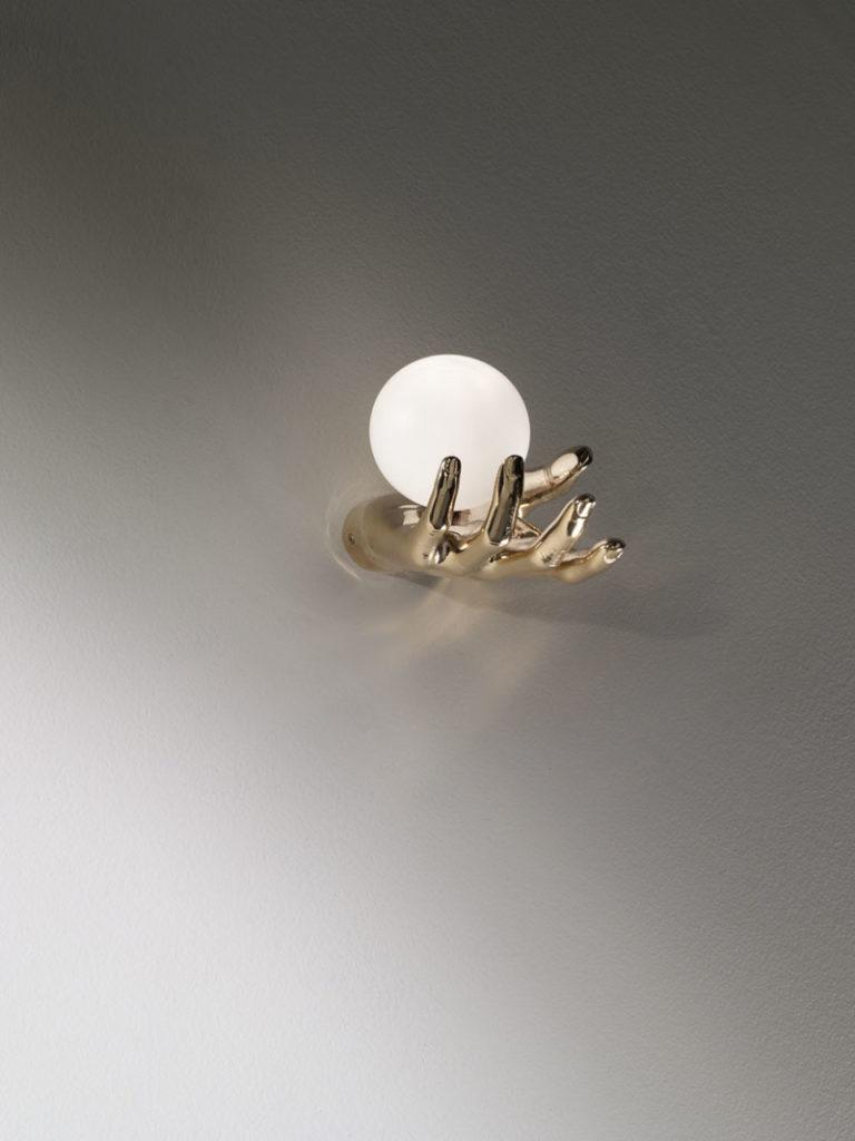 mani-bronzo-3-applique-lampade-parete-muro-design-classiche-lusso-vetro-murano-artigianali
