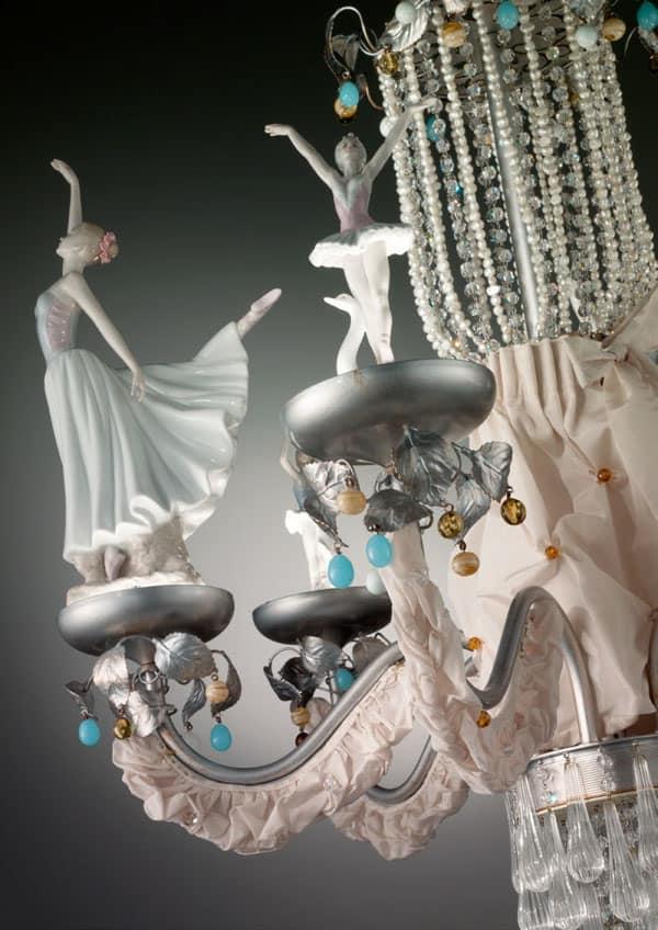 particolare-ballerine-lampadari-lusso-artigianali-artistici-italiani-design-classici-eleganti-personalizzati-decorativi-illuminazione-vetro-murano