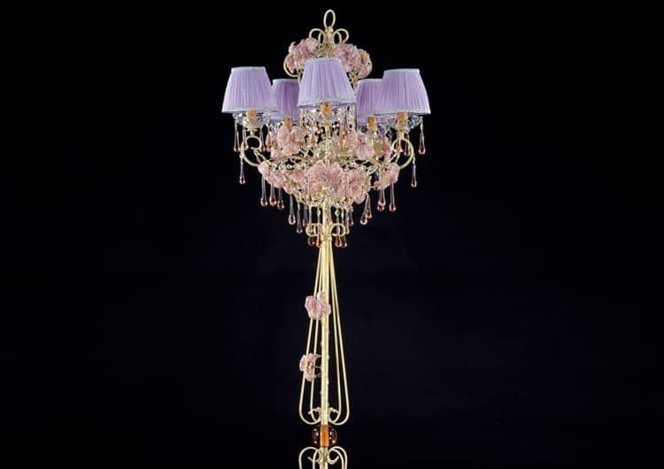 piantane-lampadari-lusso-artigianali-artistici-italiani-design-classici-eleganti-personalizzati-decorativi-illuminazione-vetro-murano