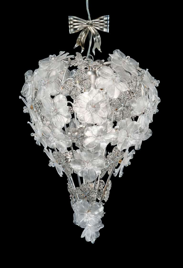 CH0932-chandeliers-from-italy-luxury-murano-glass-living-kitchen-dining-room-high-end-venetian-luxe-flowers-butterflies-romantic-italy