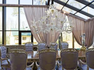 Private-palace-Moscow-5-large-crystal-chandelier-luxury-lighting-murano-glass-chandelier-from-italy-venetian-gold-high-end-lighting-brands