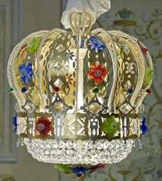 CH0581-crystal-chandeliers-from-italy-luxury-design-murano-glass-crown-gold-high-end-venetian-luxe-large-crystal-chandelier-decorative-italy